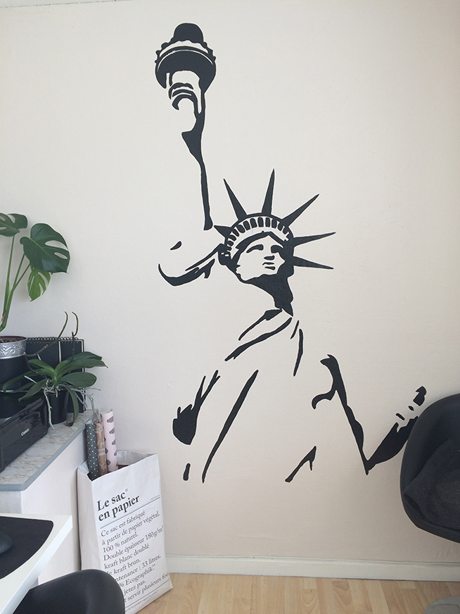 statue_of_liberty_wall_mural_blondiemoments_01